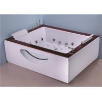 Best Two Person Jacuzzi Bathtub Indoor , Electric Spa Soaking Tub With Oak Edging wholesale