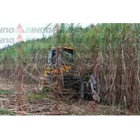 Advanced Hydraulic System Mini Sugar Cane Cutting Machine / Sugar Cane Harvester for Sale