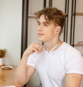 Best Stereo Neckabnd Bluetooth headset Z700A,wireless surround stereo Headset,Neckband Bluetooth Headset ,Stereo Sound Blueto wholesale