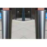 China Easy Install Steel Parking Bollards , Driveway Security Posts Withstand External Force on sale