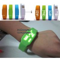 Best Christmas Gift The Fashionable LED Watch USB Flash Drives with factory price wholesale