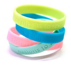 Best Sports Custom Silicone Bracelets Ecofriendly Colorful Yellow / Blue wholesale