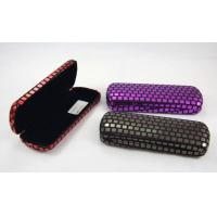 Best Printing Classic Luxury Small Spectacle Cases Polka Dot Designed 160X60X31 mm wholesale