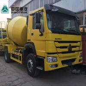 Yellow Concrete Construction Equipment 6x4 8m3 Concrete Mixer Truck With Pump Self - Loading