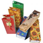 Best UV Stamping Emboss 200g Art Paper Custom Printed Gift Bags With Die-Cut / Patch Handle wholesale