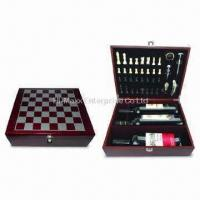 China Matte Finish Wooden Wine Box with 5-Piece Wine Accessories Kit on sale