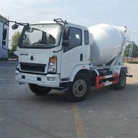 Best Euro 3 Mobile Concrete Truck , Cement Mixer Vehicle 130hp Italian Bonfiglioli wholesale