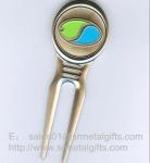 Best Enamel metal golf pitch fork with color filled ball marker, enamel golf divot repairer, wholesale