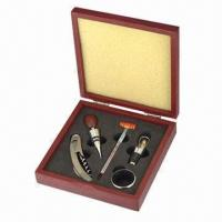 Wine Box, Includes Corkscrew, Wine Ring, Thermometer, Wine Pourer and Wine Stopper