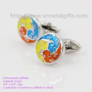 China Soft enamel women's fashion cufflinks, stocked imitation enamel cufflinks for women gift, on sale