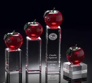 educators merit crystal apple award/crystal red apple on rectangle base award