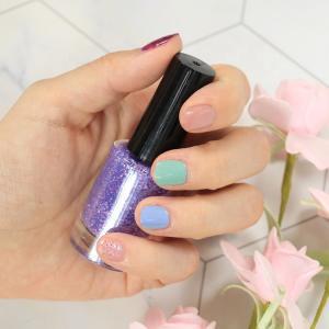 Best ODM 24 Colors Long Lasting Glitter Non Toxic Nail Polish wholesale
