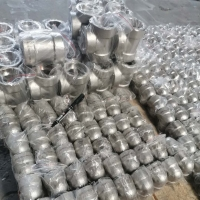 China Stainless Steel 316 Pipe Fittings Socket Weld Fittings Stainless Steel Tee on sale