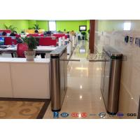 Cheap Fingerprint Drop Arm Turnstile Road Access Control Electronic Barrier Gates With CE approved for sale