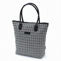 China Black and White Handbag, Made of Leather on sale