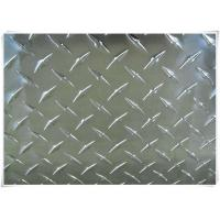 Best Alloy 5052 H32 Aluminum Tread Plate Silver / Black Color With Checkered Surface wholesale