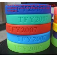 Best Customized designs and logo 100% Silicone chain bracelet for women wholesale