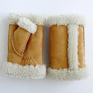 Best 2019 New Style Fur winter sheepskin fingerless gloves wholesale