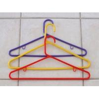 China Cute Plastic Clothes Pig Hanger 8 Clips drying rack clothes hanger blue green pink on sale