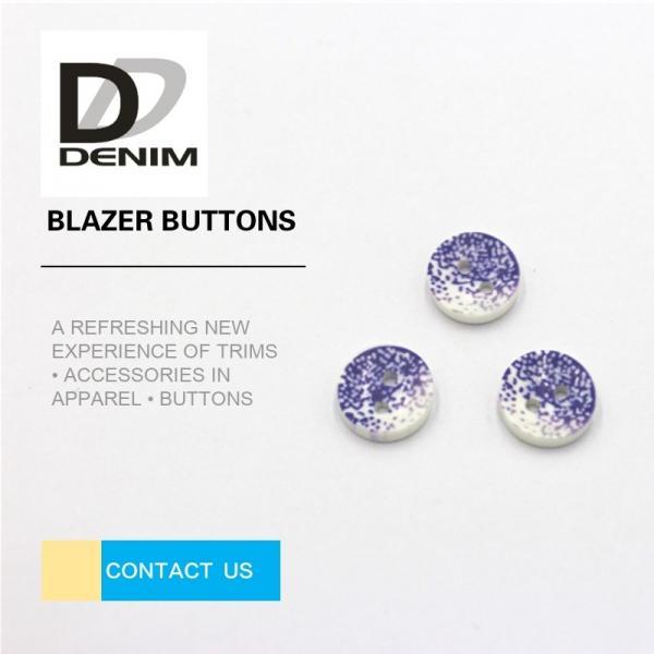 Cheap 3D Fashion Button • Plastic Buttons • Clothing Buttons • ing Buttons • 4 / 2 Holes Resin Buttons for sale