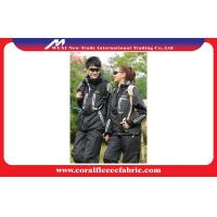 Best Quick Dry Mens Outdoor Jackets With Warm Removable Bladder , Mens Outdoor Wear wholesale