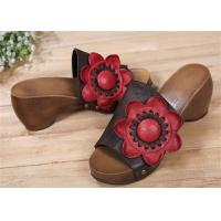 Best Cowhide Leather Upper Comfortable Clogs And Mules With Big Sun Flower Decorations wholesale