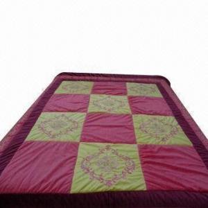 Best Washable summer microfiber quilt, measures 180x220cm wholesale