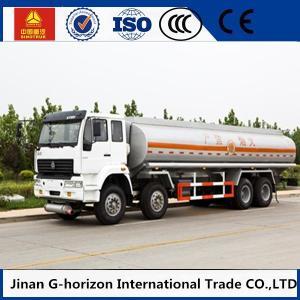 China HOWO 8X4 Oil Tank Truck Trailer / Fuel Tank Truck Single - Plate Dry Clutch on sale