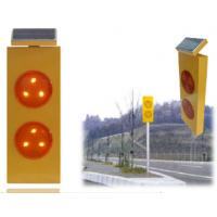 Best Yellow Flashing Solar Warning Sign Traffic LED Warning Light wholesale