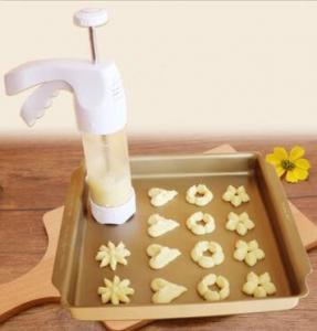 Best FBT010605 for wholesales cookie press decoration kit Includes 12 Fit Right cookie disc shapes wholesale