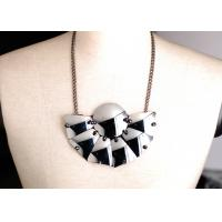 Best Custom Black and White Glass Sheet Handmade Necklace, Handcrafted Necklaces for Women wholesale