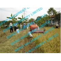 Best 4l-0.5 muddy field applicable mini wheat combine harvester with Tyre wheel , 12hp wholesale