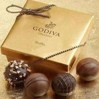 Best Chocolate Gift Box with Magnet, Measures 25x16x7cm wholesale