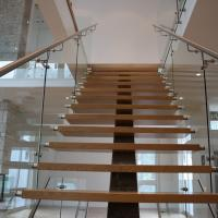 Cheap Mono Stringer Safety Indoor Tempered Glass Straight Staircase Design for sale