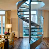 Cheap Customized Tempered Glass Tread Spiral Staircase with Glass Railing for sale