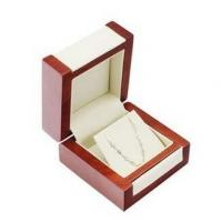Cheap Professional Jewelry Wooden Box Glossy Lamination Bracelet Jewelry Box With Insert for sale