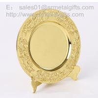 Best Gold plated metal memorial plate with display stand, highly detailed gold souvenir plates, wholesale