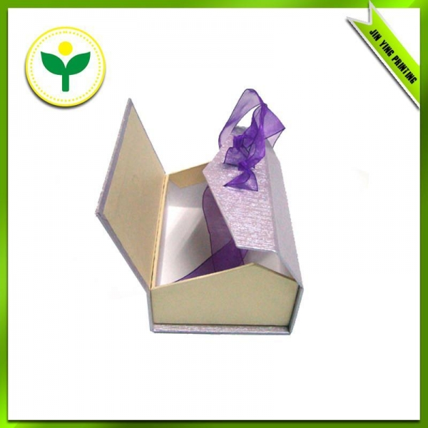 Odd-shaped Cardboard Gift Boxes