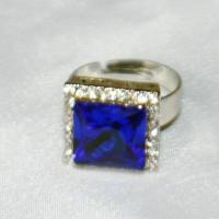 Quality deluxe stone with crystal ring wholesale