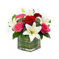 China Lily & Roses Romance Cube NO.83 delivery flower to taiwan on sale
