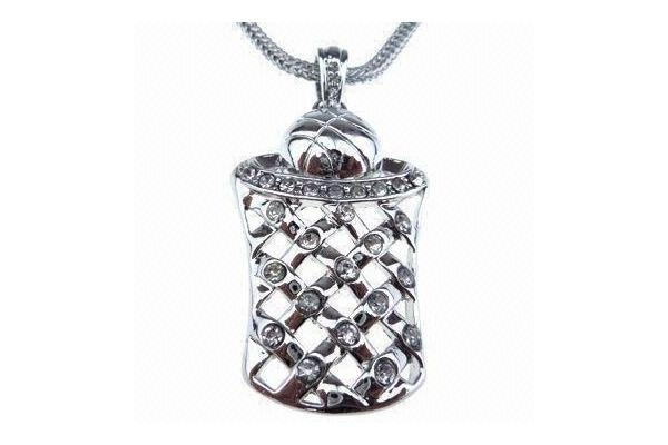 Cheap Pendant Necklace, Hip Hop Style, Made of Alloy and Rhinestones, Customized Designs are Accepted for sale