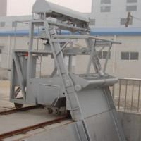 Wire rope traction grid decontamination machine