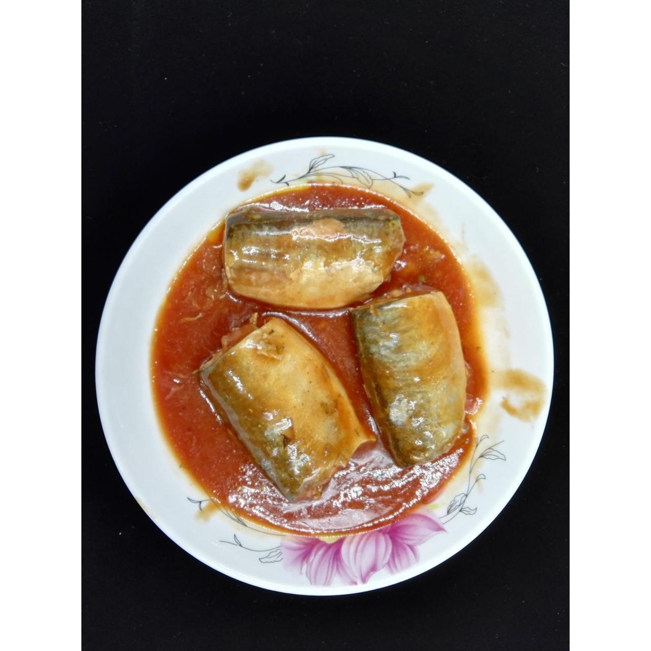 Canned Seafoods Canned Pacific Mackerel In Tomato Sauce