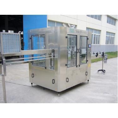 China 3000bph 500ml Pet Bottle Water Filling Machine / 3-in-1 Monobloc Pet Bottle Washing Filling Capping