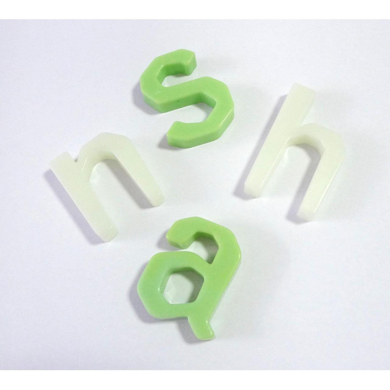 China plastic injection molding parts with Good Quality and Better Price