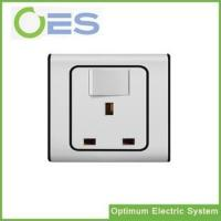 Best Good Price One Gang One Way Wall Switch with UK Socket/Switch and UK Socket wholesale