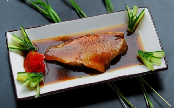 Cheap Prepared Foods Red fish slices boiled with fresh ginger for sale